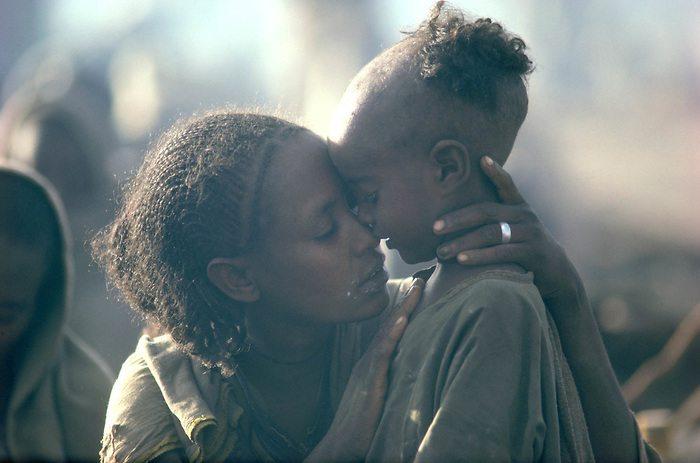 BUR8411-EthiopiaMotherLR